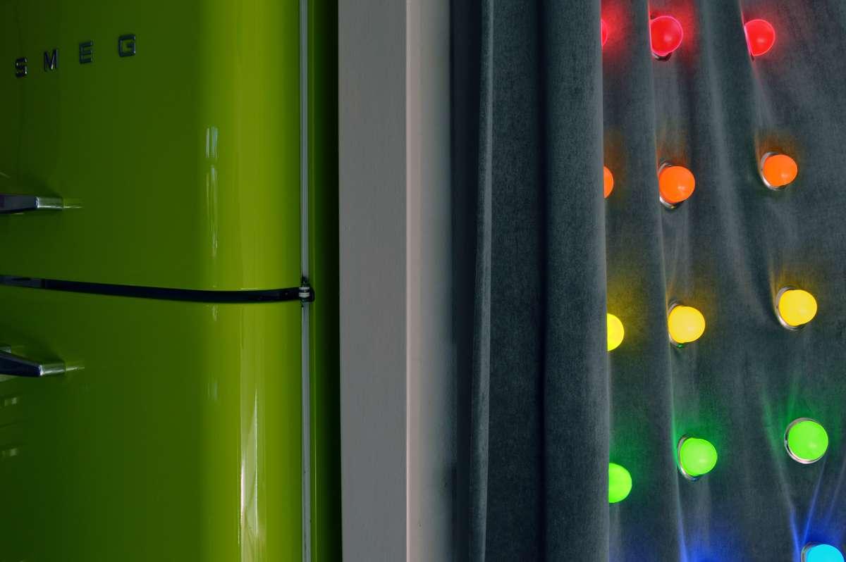 Louise Cohen WALL LIGHT bulbs L detail